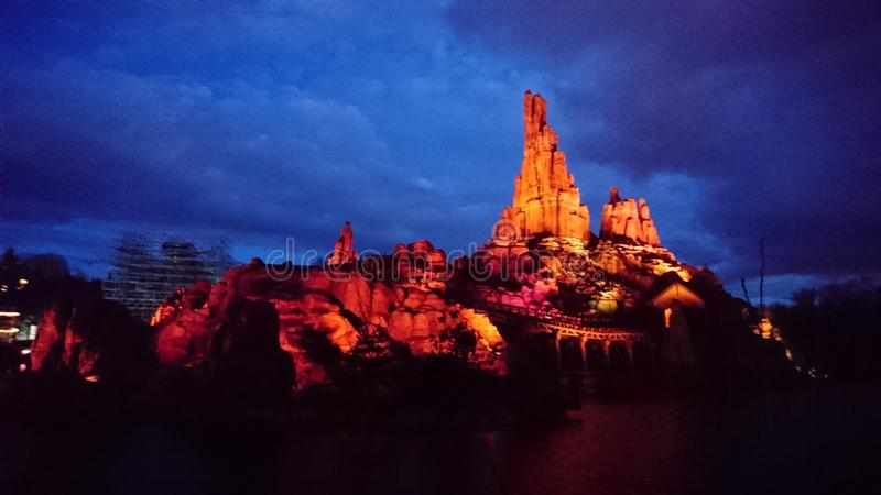 Land Paris Zugde la mine Disney lizenzfreies stockfoto