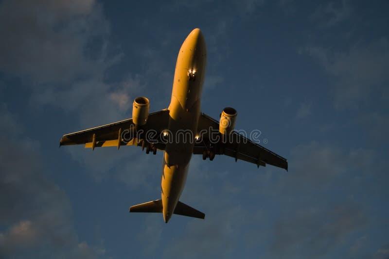 landa sent fotografering för bildbyråer