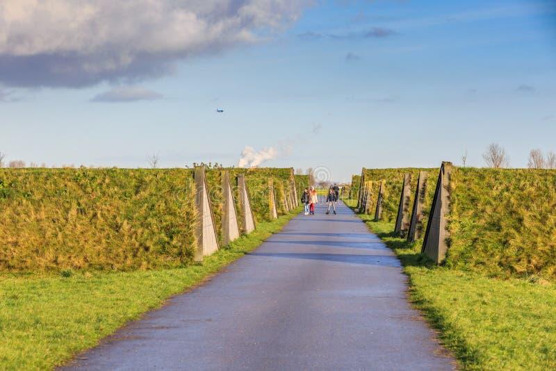 Landart i krajobraz absorbować częstotliwość zmielonego hałas bierze daleko od Schiphol lotniska samolot obraz royalty free
