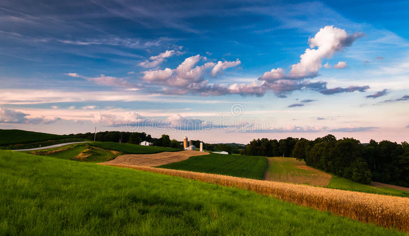 Landbouwbedrijf in de landelijke Zuidelijke Provincie van York, PA stock foto