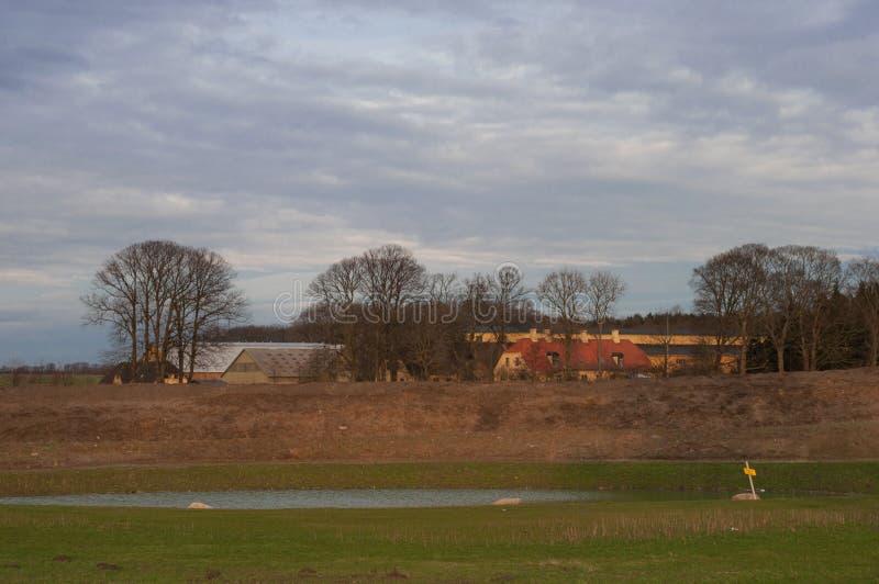 Landbouwbedrijf dichtbij Vordingborg in Denemarken royalty-vrije stock afbeelding