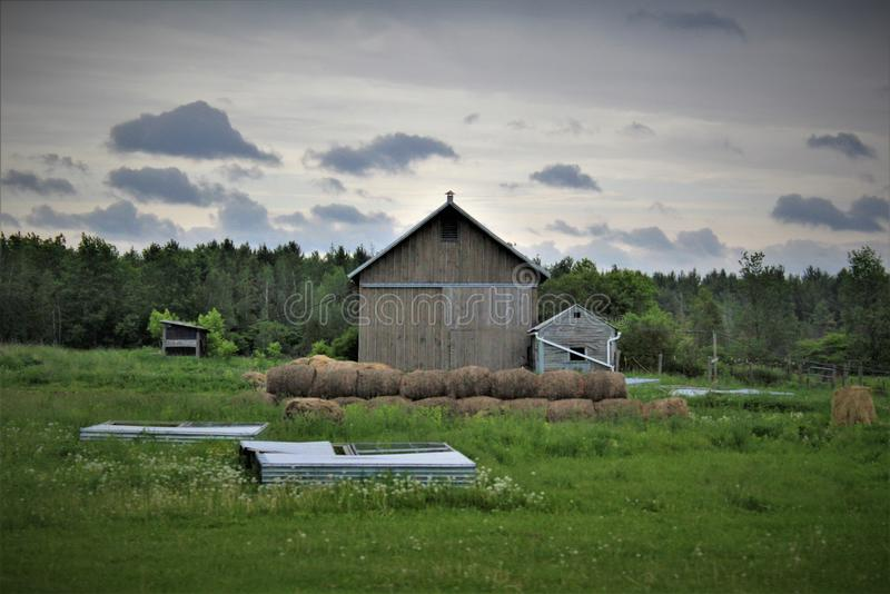 Landbouwbedrijf in Franklin County, upstate New York, Verenigde Staten wordt gevestigd die stock foto