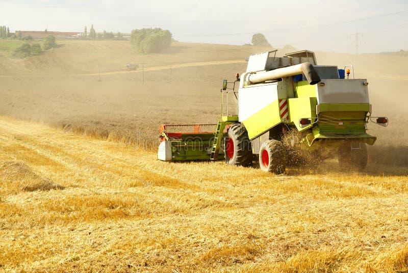 Landbouwmaaimachine royalty-vrije stock foto's