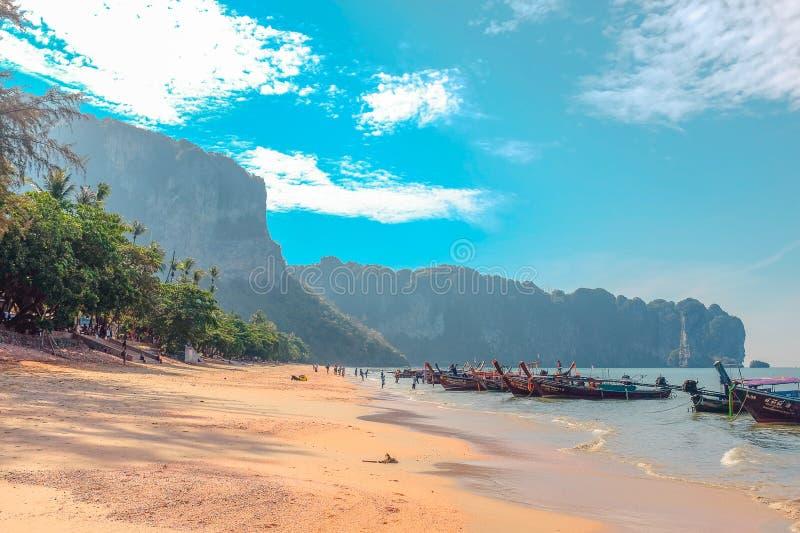 Landcscape bonito em Ao Nang, Tailândia fotografia de stock