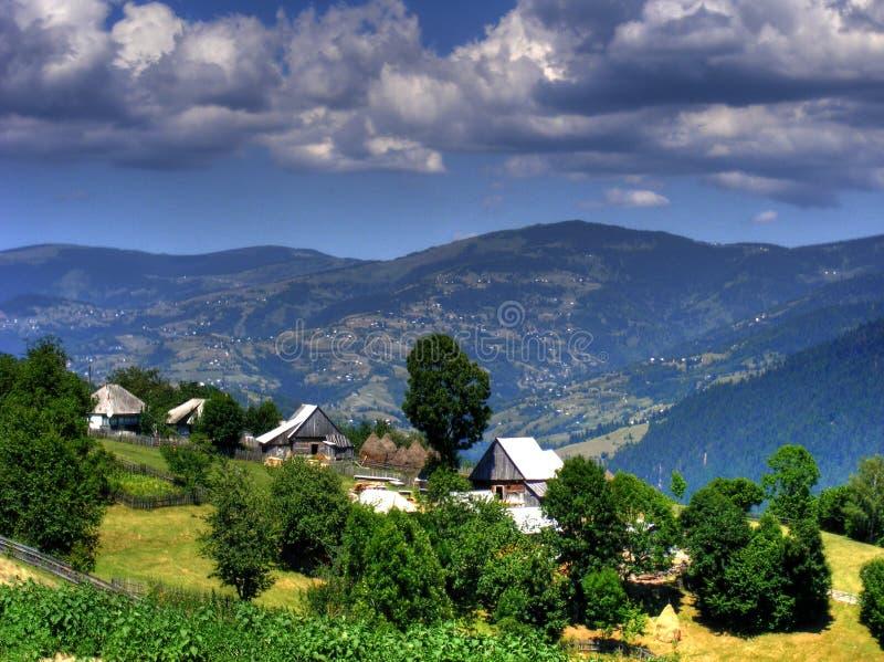 Landelijk landschap in Roemenië stock foto
