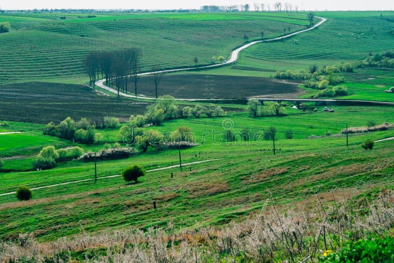 Landelijk wegplatteland stock fotografie