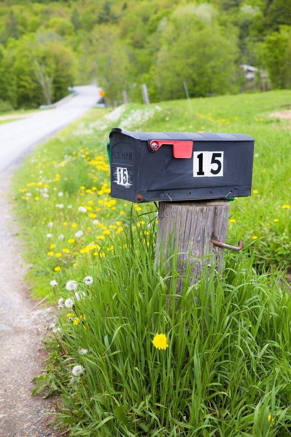 Landelijke brievenbus royalty-vrije stock afbeeldingen