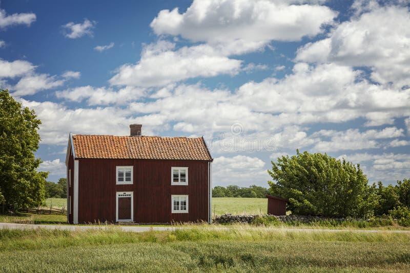 Landelijke Zweedse boerderij stock foto's