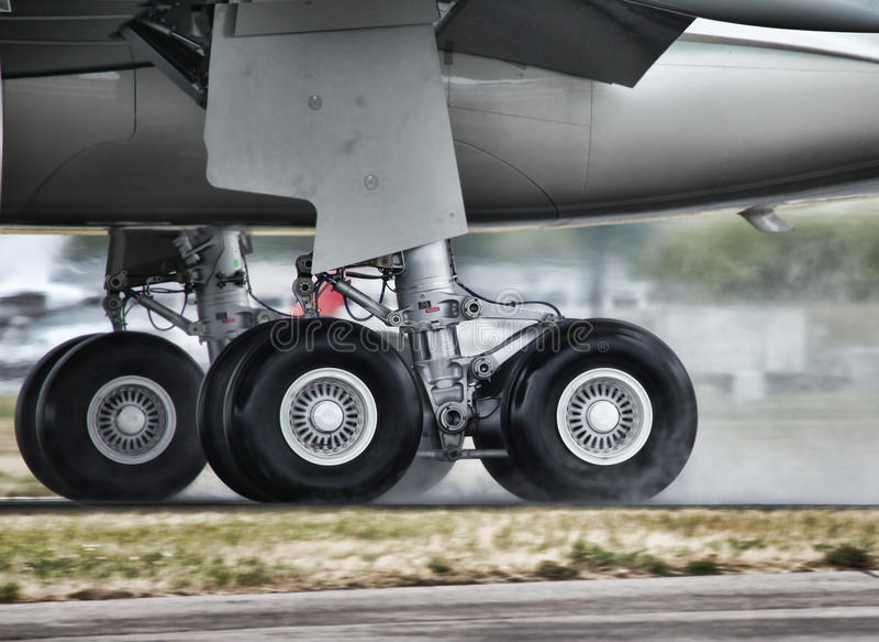 Landende vliegtuigen royalty-vrije stock foto's