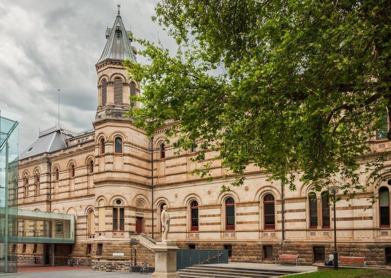 Landesbibliothek mit Robert Burns Statue, Adelaide Australia lizenzfreie stockfotos