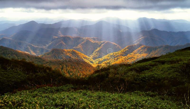 Гористые Landforms, гора, небо, природа