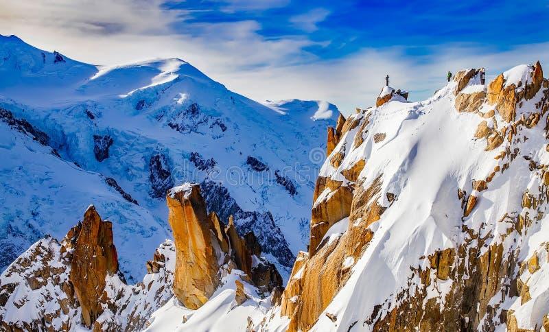 Гористые Landforms, гора, горная цепь, небо