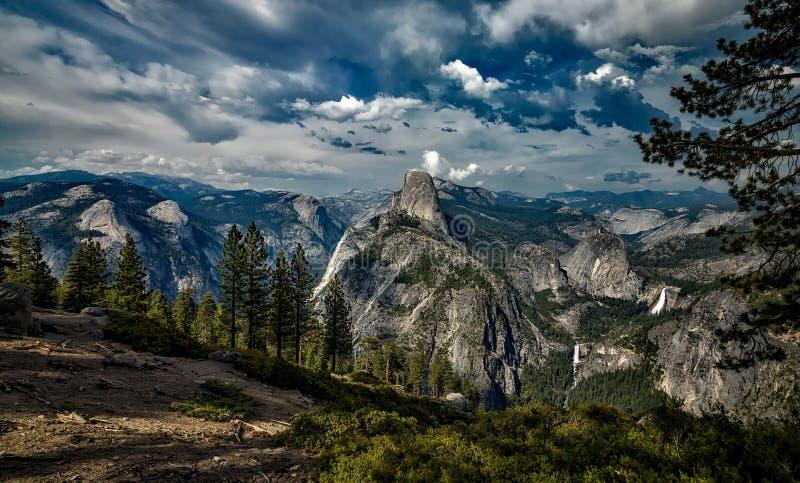 Небо, гористые Landforms, природа, гора стоковая фотография