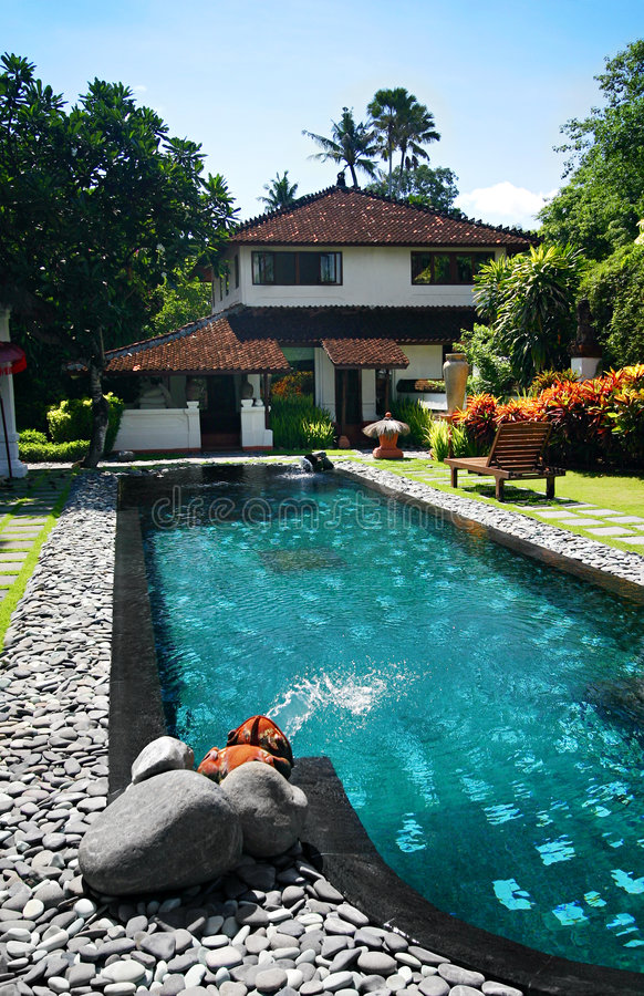 Landhaus in der Bali-Rücksortierung stockfotos