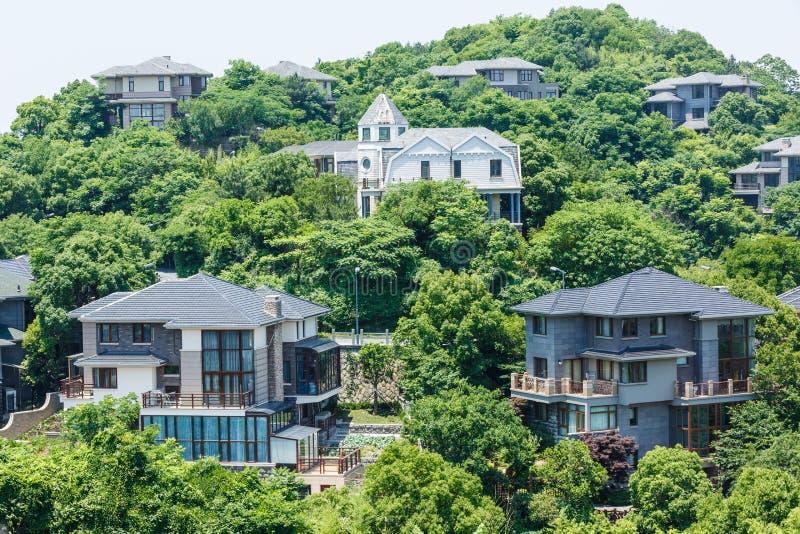 Landhausgruppen-Gebäudelandschaft stockfoto