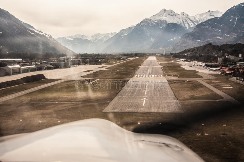Landing stock photos