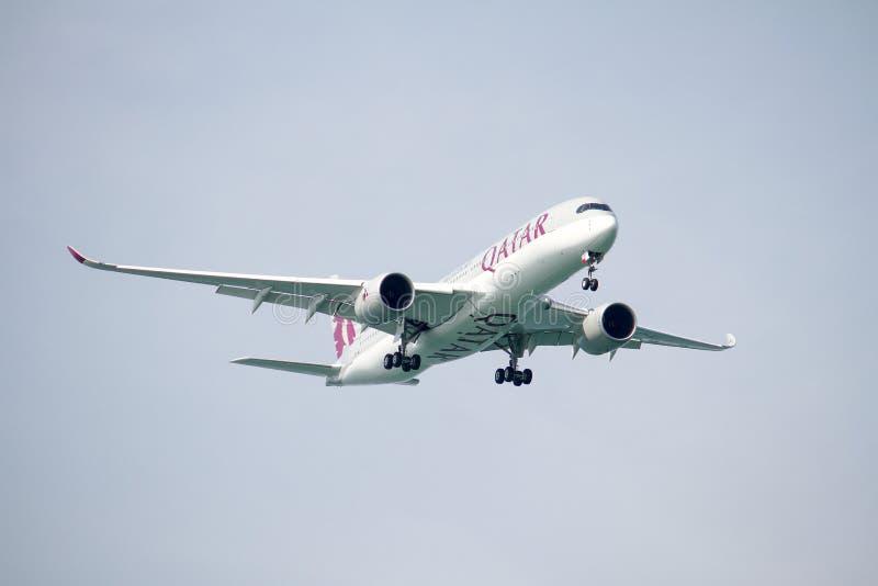 Landning för flygbuss A350 arkivfoto