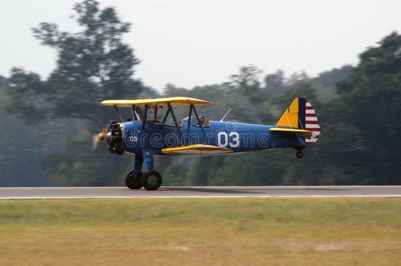 Download Landningsögonblick ii fotografering för bildbyråer. Bild av flyg - 287253