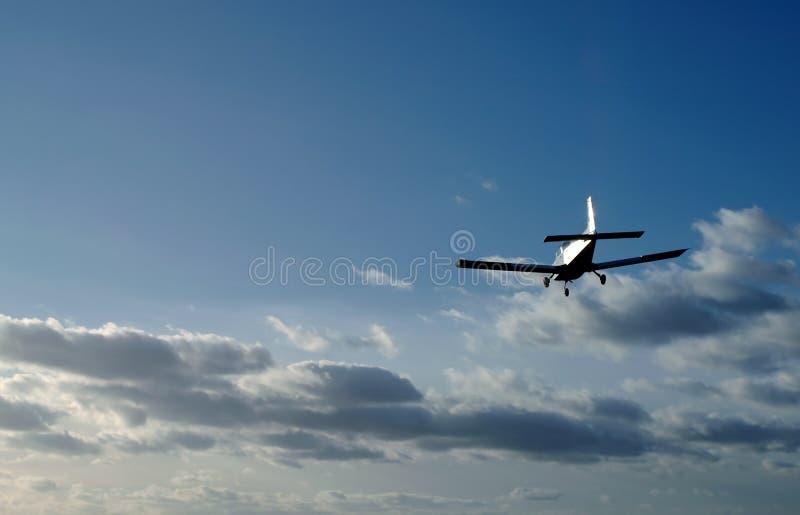 landningsolnedgång arkivbild