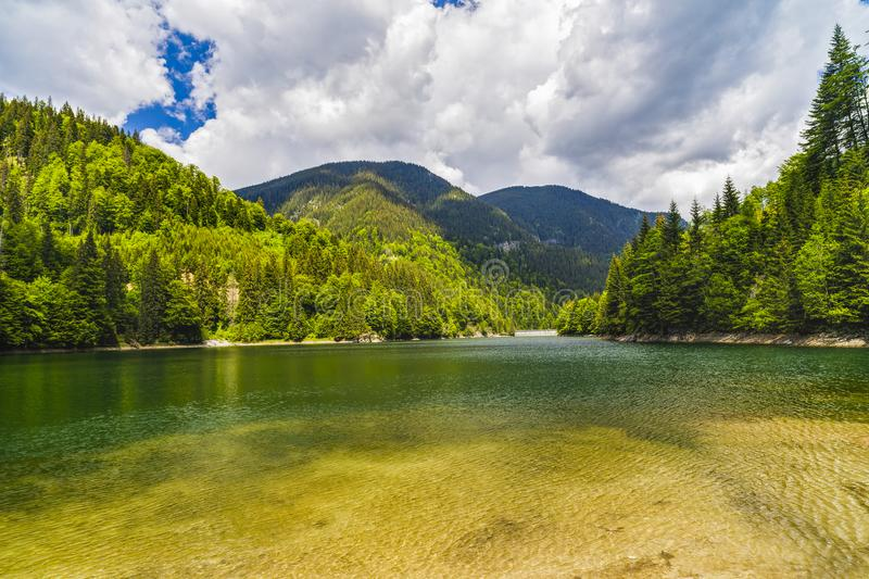 Landscape with a beautiful lake in Parang mountains royalty free stock photography