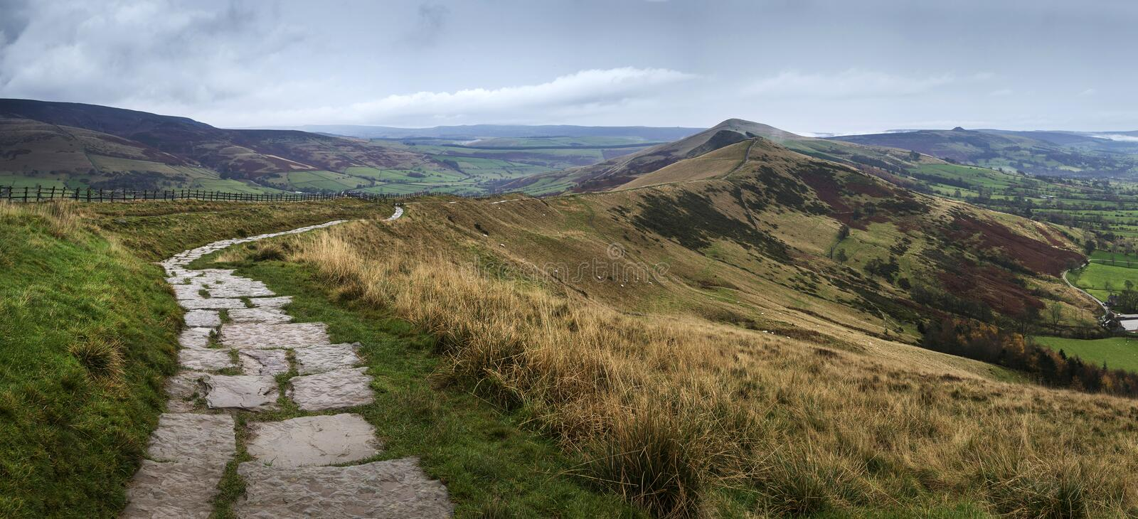 Download Beautiful Landscape Of Mam Tor And Lose Hill In Peak District Du Stock Image - Image of travel, panorama: 111765001