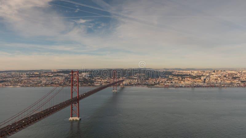 Landschaft auf der Brücke 25 April Lisbon stockfoto