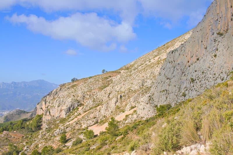 Landschaft der Bernia-Berge stockbild