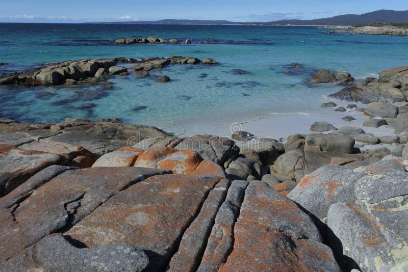 Landschaft der Bucht der Feuer Tasmanien Australien lizenzfreies stockfoto