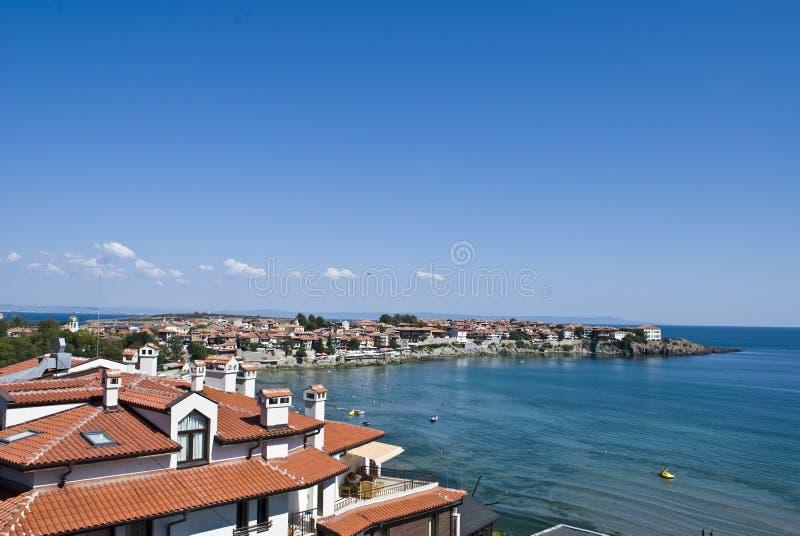 Landschaft der Bucht in Sozopol, Bulgarien. Ansicht über das Schwarze Meer stockbild