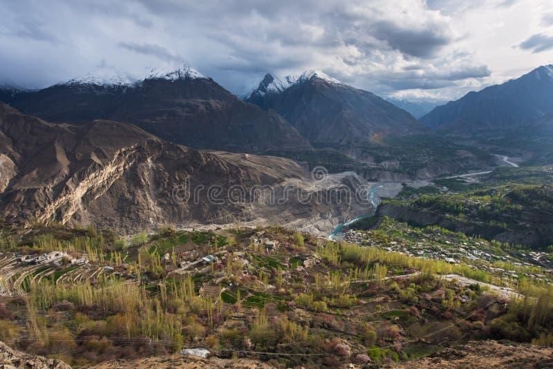 Landschaft der Jahreszeit Hunza-Tales im Frühjahr, Gilgit Baltistan, nein lizenzfreies stockfoto
