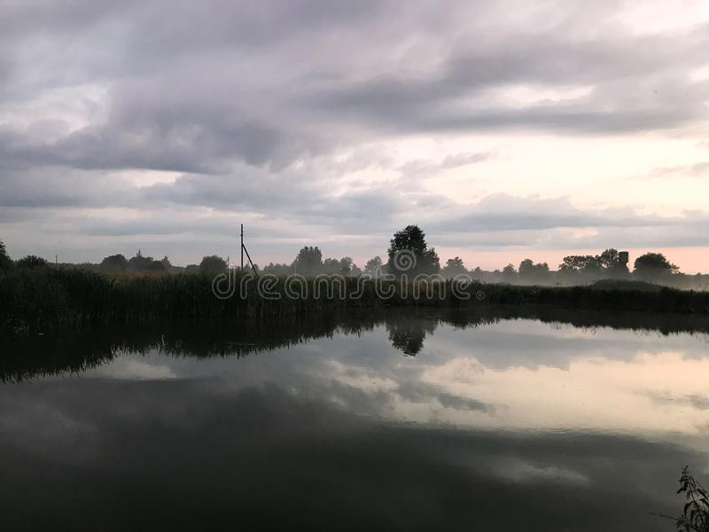 Landschaft der nat?rlichen Umwelt Sonnenaufgang-Sonnenuntergang lizenzfreie stockfotos