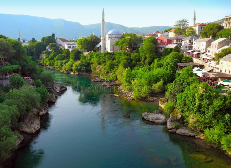 landschaft der stadt von mostar bosnien und herzegowina stockfoto bild von mitte moscheen. Black Bedroom Furniture Sets. Home Design Ideas