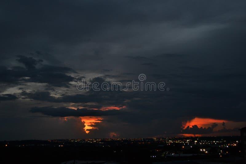 Landschaft des nächtlichen Himmels stockbilder