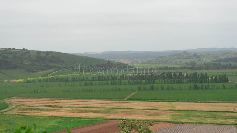 Landschaft eines Dorfs bei Portugal stockbilder