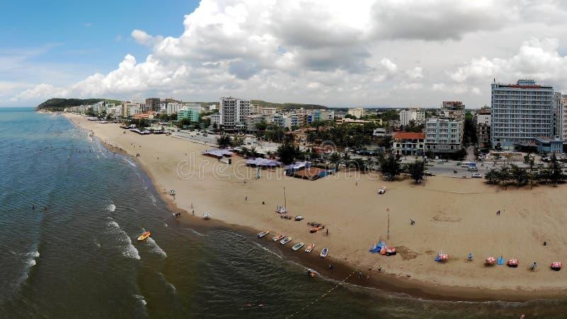 Landschaft eines touristischen Bereichs der Küste stockfotos