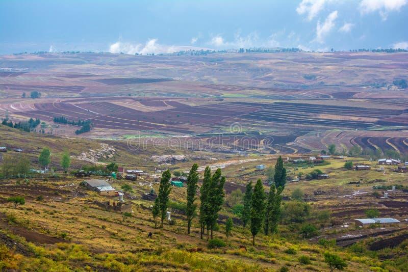 Landschaft im Königreich Lesotho, Afrika lizenzfreie stockfotografie