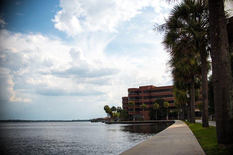 Landschaft Jacksonvilles Florida lizenzfreie stockbilder