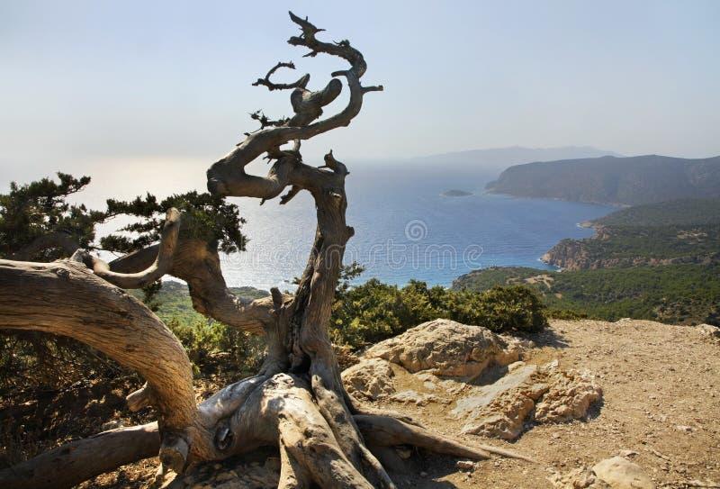 Landschaft nahe Monolithos-Dorf Griechenland an einem sonnigen Tag Griechenland lizenzfreie stockfotos