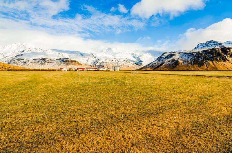 Landschaft in Richtung zu Eyjafjalla-vulcano in Island stockfotos