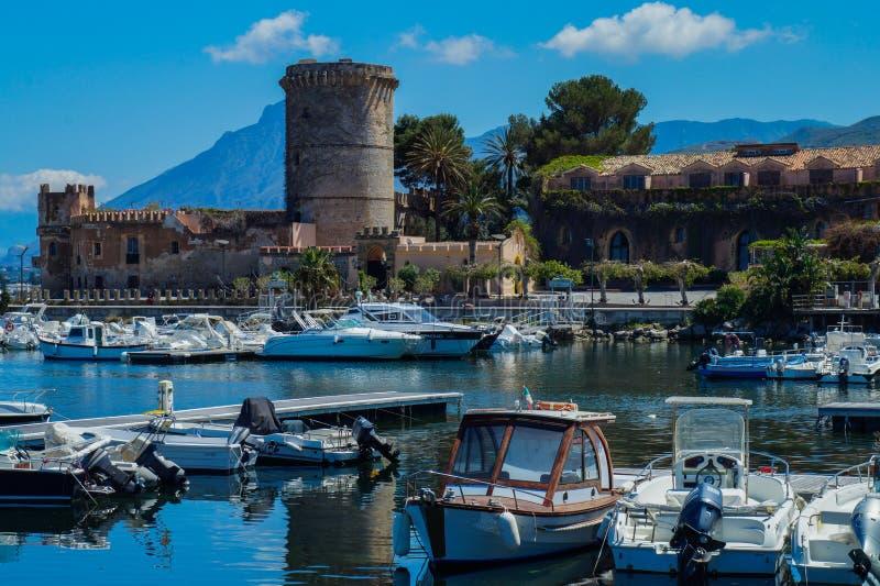 Landschaft Sans Nicola, PA u. x28; Italy& x29; lizenzfreie stockfotos