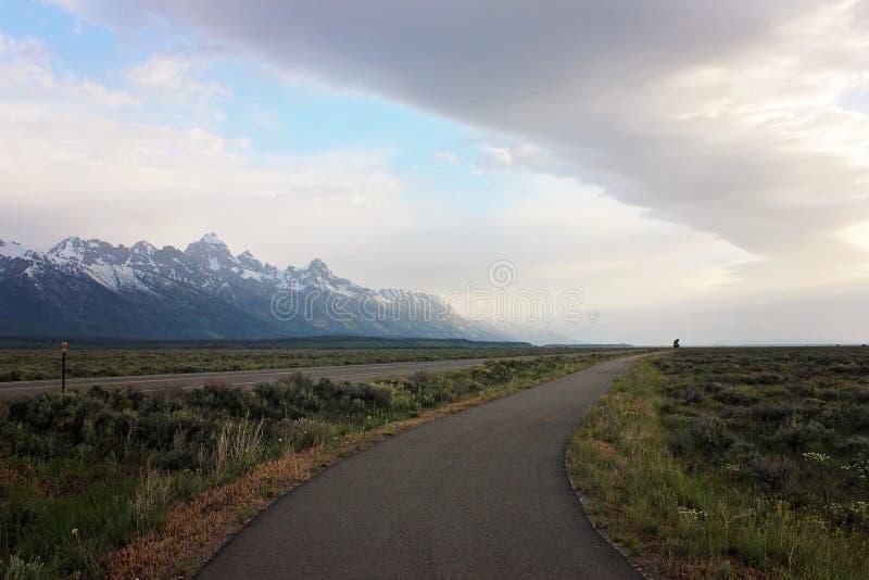 Landschaft von Bergen in Wyoming lizenzfreie stockbilder