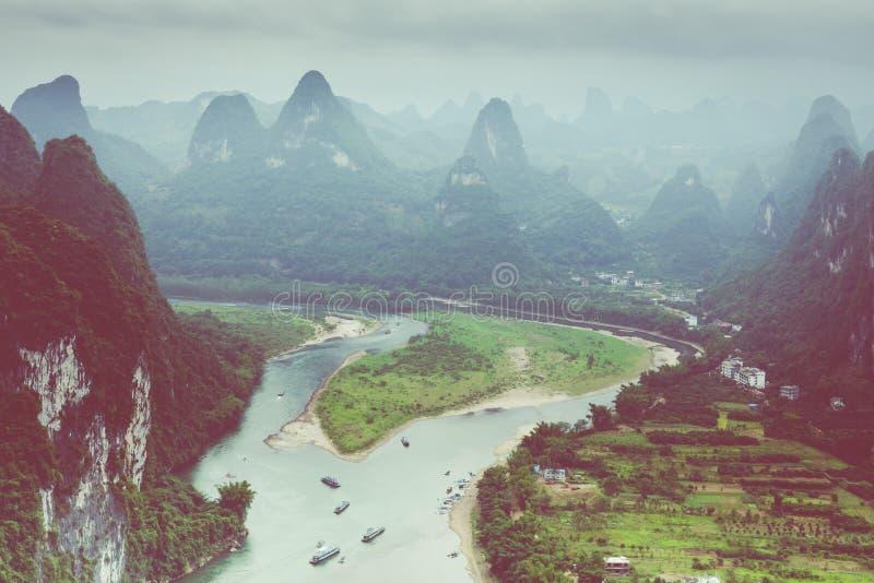 Landschaft von Guilin-, Li River- und Karstbergen Nahe gefunden stockfotografie