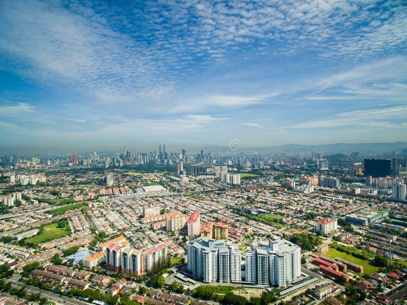 Landschaft von Kuala Lumpur, Vogelperspektive lizenzfreie stockfotos