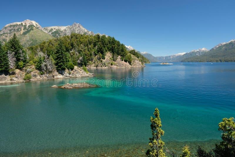 Landschaft von Seen um Bariloche, Patagonia, Argentinien lizenzfreies stockbild