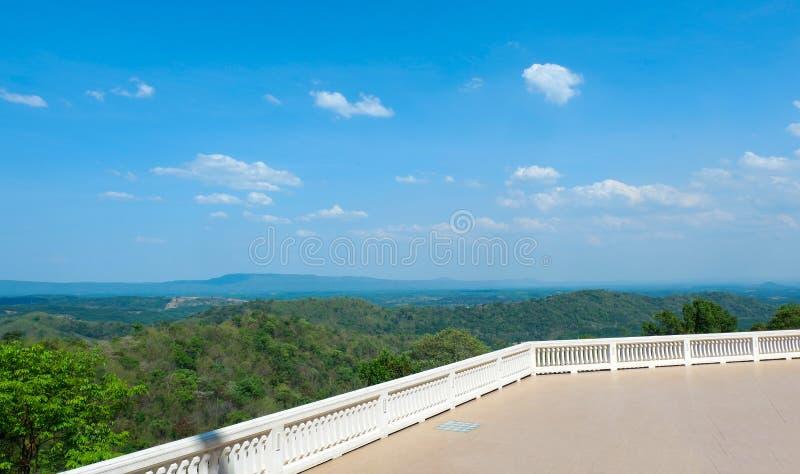 Landschaft von watpaphukon Udonthani in Thailand lizenzfreies stockbild