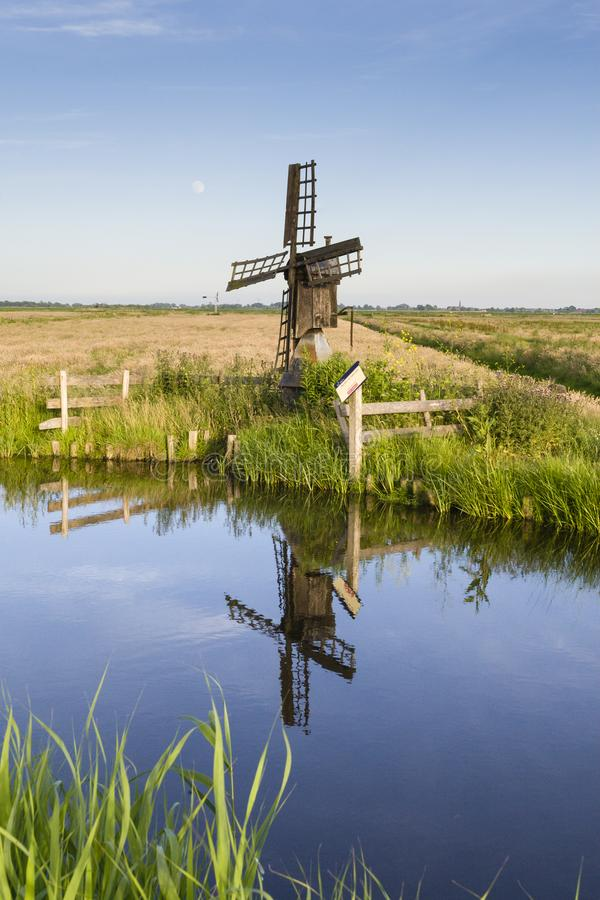 Landschaft an Wormer- en Wisperveld stockfotos