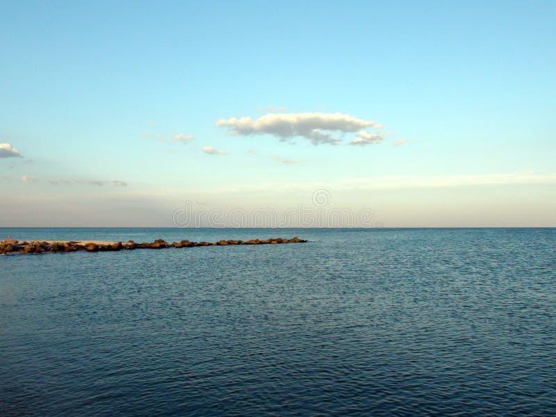 Landschaften der Flora des Asow-Meeres und des Meeres, die Landschaften nahe der Stadt von Primorsk der Zaporizhzhya-Region glätt stockfotos