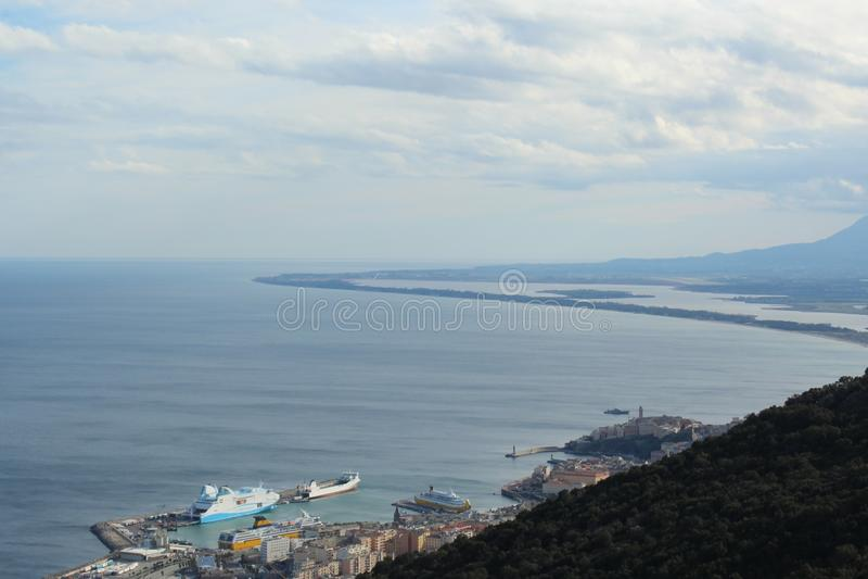 Landschafts-Korsika-Stadt Bastia stockfotos