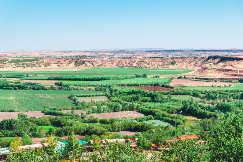Landschaftsansicht von populärem Hevsel Bahceleri (Gärten) lizenzfreie stockfotos