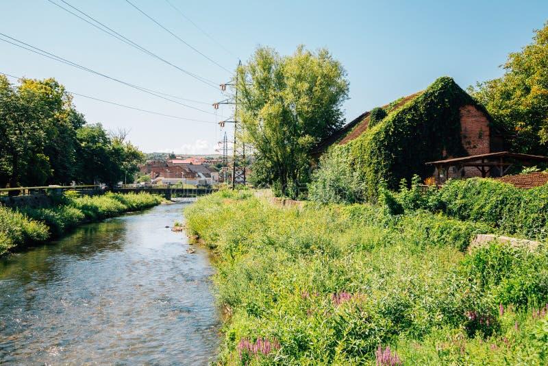 Landschaftsdorf Hunedoara, Rumänien stockbild